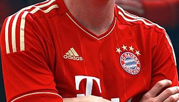 FC Bayern - der Weltverein mit den drei Streifen