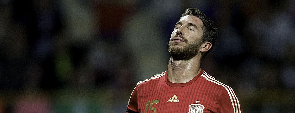 Spielt Sergio Ramos bald auch im Verein im roten Trikot?