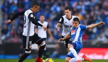 Valencia-Espanyol: ¿apuestas por Rodrigo o por Gerard Moreno?