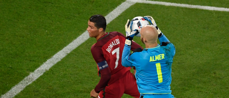 Robert Almer, Ronaldo
