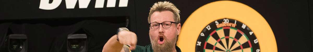 bwin Grand Slam of Darts: Simon Whitlock kämpft sich zurück ins Turnier