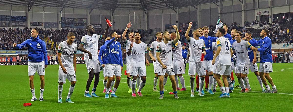 FC Schalke - SC Paderborn: S04 mit 100%-Siegquote