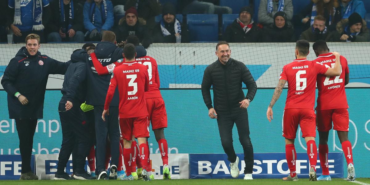 Mainz 05 Trainer Achim Beierlorzer Frankfurt