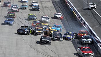 NASCAR Go Bowling 235: Ungewohntes Straßenrennen