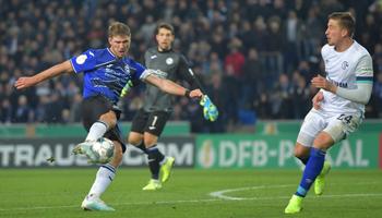 Arminia Bielefeld – Schalke 04: Grabesstimmung auf der Alm