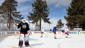 NHL Lake Tahoe: Grubauer und Co. beim Winter Classic Light