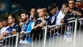 FC Augsburg - Arminia Bielefeld: Duell der schwachen Offensivreihen
