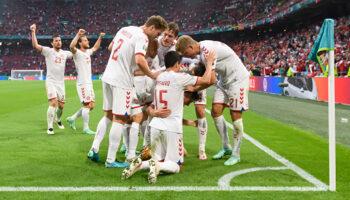 Rep. Checa - Dinamarca, dos selecciones que quieren seguir soñando