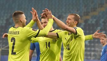 Escocia - República Checa, choque igualado entre dos equipos que quieren sorprender