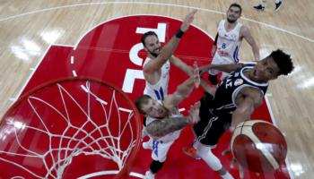 Γιάννης Αντετοκούνμπο: Οι αριθμοί που τον έκαναν… ξανά MVP του NBA!