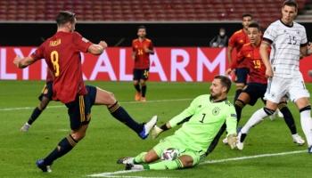 Ισπανία - Γερμανία: «Τελικός» κορυφής στη Σεβίλλη!