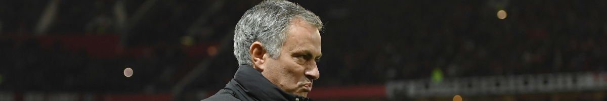 Mourinho vs Van Gaal, l'umiliazione dello Special One