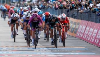 Giro d'Italia 2020, quote e favoriti per la tappa 13: avremo ancora un nuovo duello Démare-Sagan?