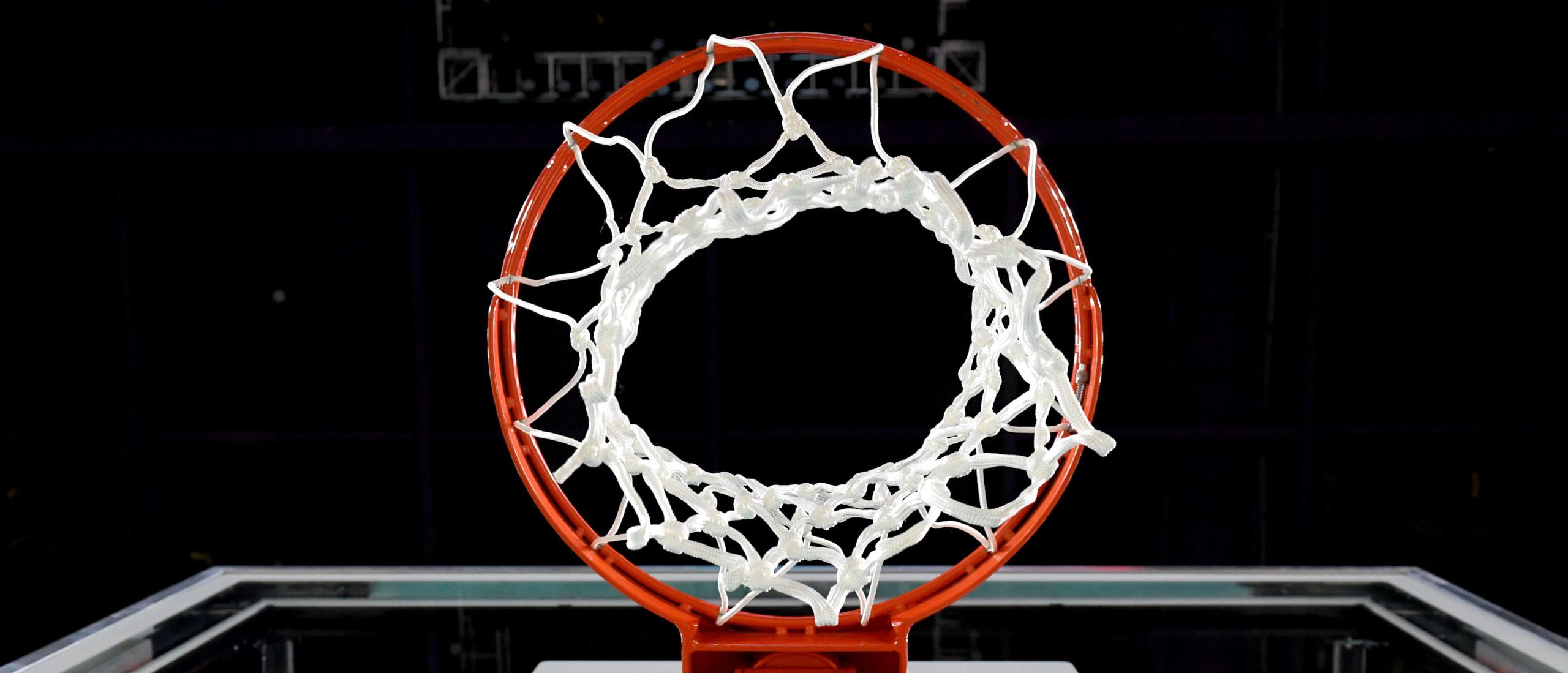 Regole del basket e differenze tra NBA e FIBA: la pallacanestro spiegata a tutti
